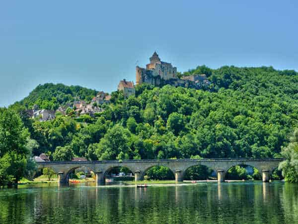canoe dordogne pictures of Castelnaud